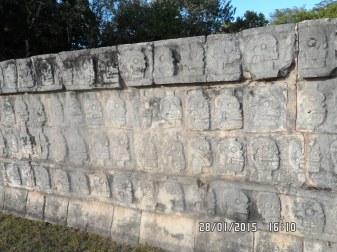 Muro das Caveiras.